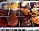 烤色蜜蜡鉴别   烤色蜜蜡到底比天然的便宜还是贵