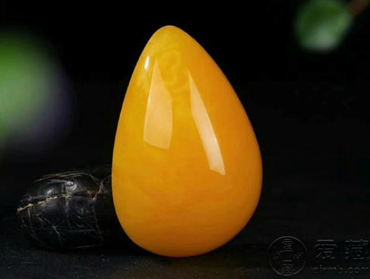 蜜蠟天然和合成的區別 怎么區別