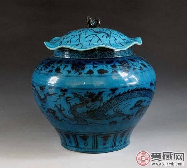 明清官窑彩瓷的艺术评判