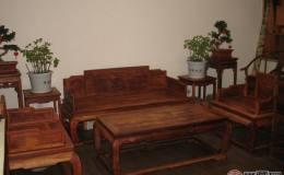紅木家具巧收藏,雕刻藝術價值高