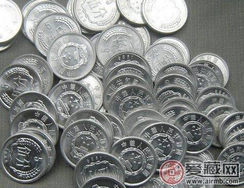 硬分币激情电影市场评析