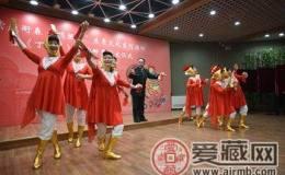 北京:闻鸡起舞
