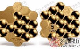 """拉脱维亚发行""""蜜蜂""""镀金纪念银币"""