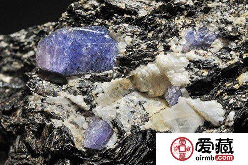 它比钻石还贵 以色列发现新矿物迦密石