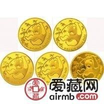 1985年熊猫金套币投资性强,在收藏市场上的价值高