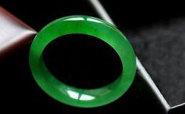 翡翠的绿色会越长越大吗 翡翠戴久了会变色吗