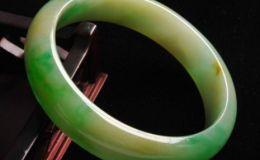 翡翠手鐲如何清洗和保養 翡翠手鐲的清洗保養