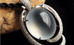 玻璃种翡翠是什么 有什么特征