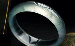 如何保养玻璃种翡翠 翡翠保养常识