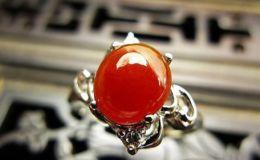 如何看红翡翡翠戒指是不是烧红的