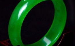 如何挑选好的满绿冰种翡翠 价格一般多少钱