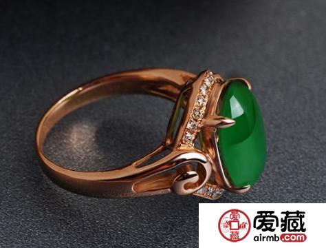 满绿翡翠戒指价格就一定很昂贵吗