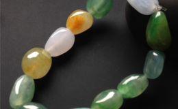 三色翡翠手链的颜色分别代表什么意思 你都知道了吗