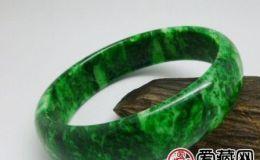 铁龙生:翡翠中的一个特殊品种 铁龙生图文介绍