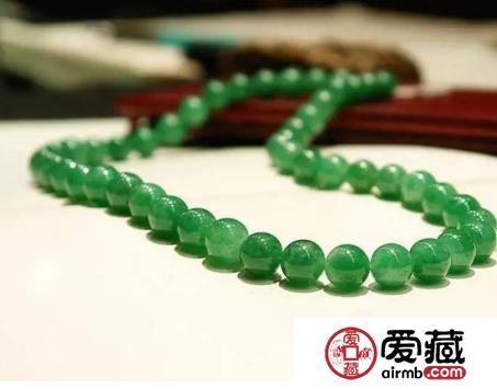 翡翠饰品成为引领现代珠宝审美观的风向标
