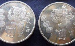 鸡年金币价值如何 2005鸡年生肖纪念币涨了7倍多