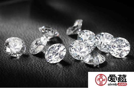 钻石和翡翠哪个好 翡翠与钻石的极致美