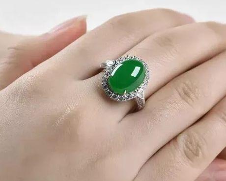 珠宝玉石能不能24小时佩戴?具体要看种类!