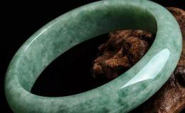 豆種翡翠手鐲的價格一般是多少錢呢