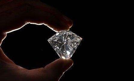 100克拉鉆石多少錢 100克拉鉆石價格及圖片