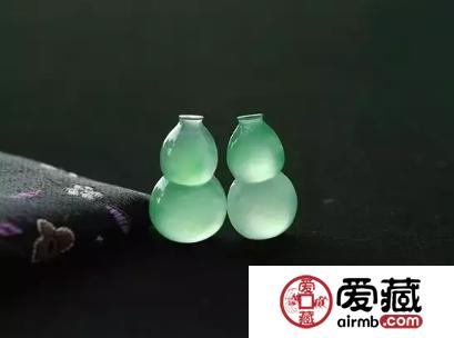 翡翠的保养,常常用水泡翡翠好不好呢