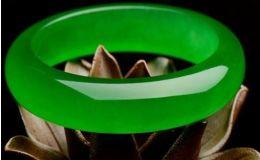帝王绿翡翠手镯价格是多少及图片
