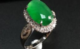阳绿翡翠戒指的价格多少钱图片介绍