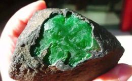 原石价格 一公斤翡翠原石价格多少