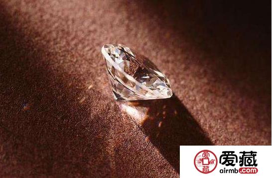 钻石多少钱一克 现在钻石一克多少钱