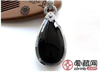 黑翡翠的价值 黑翡翠有收藏价值吗