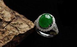 戴翡翠戒指有什么寓意 翡翠戒指的文化含義