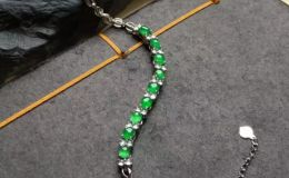 翡翠手链寓意是什么 有哪些美好寓意