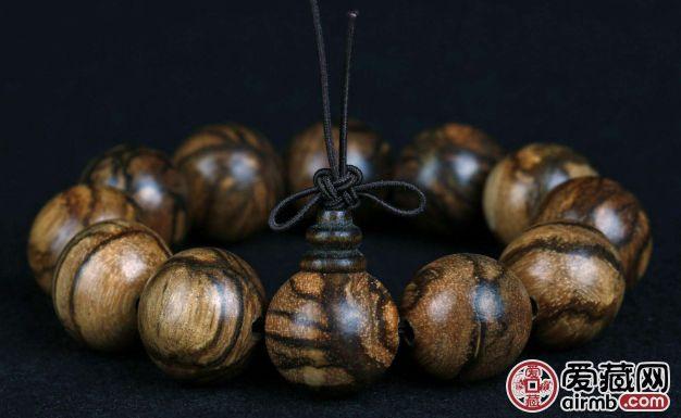 奇楠沉香手串有什么好处,奇楠沉香手串的功效与作用有哪些?