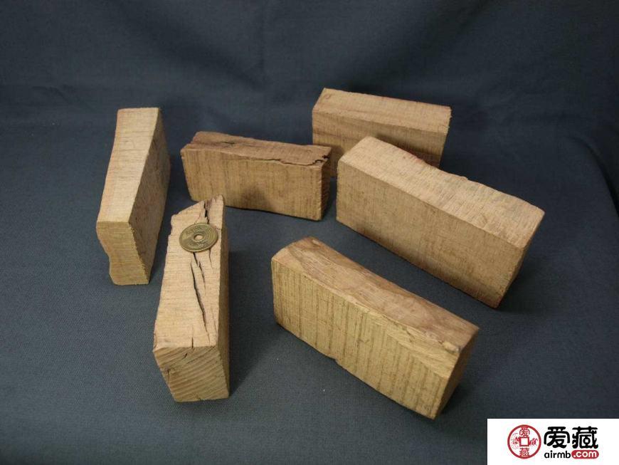 白檀木手串如何盘玩,白檀木手串盘玩方法