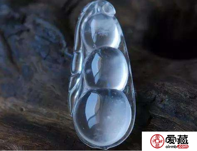 玻璃种翡翠价格是多少 玻璃种翡翠价格及图片