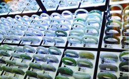 商场买的翡翠是真的吗 大商场里的翡翠靠谱吗