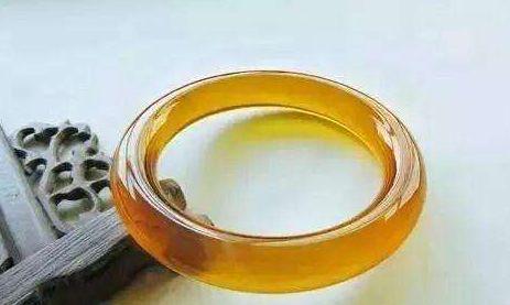 黄翡翠的鉴别方法 如何辨别烧过的黄翡