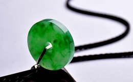 冰種帝王綠翡翠價格 冰種帝王綠多少錢一克