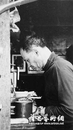 肌理美的凸显——看弗兰克·奥尔巴赫的当代绘画艺术