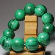 孔雀石手串有什么好处,孔雀石手串的功效与作用