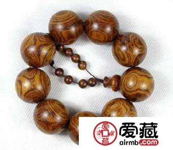 海南黄花梨手串的价格多少  海南黄花梨手串能值多少钱?