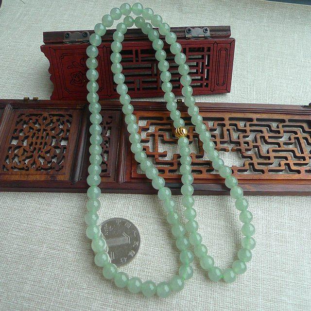 冰透水绿翡翠项链 规格7mm*108颗