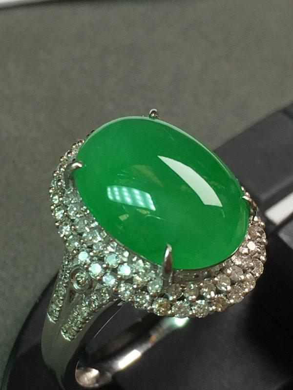 冰种阳绿戒指 18k金镶嵌钻石