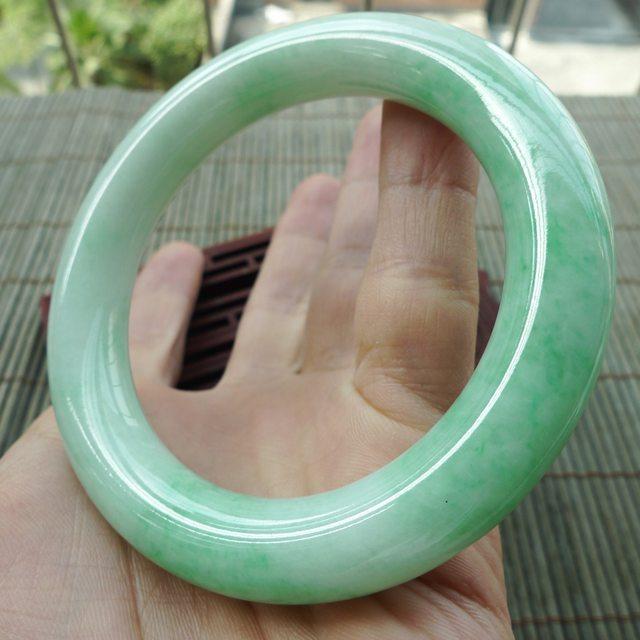 糯种满绿圆条57圈翡翠手镯图2