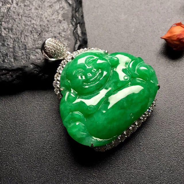 满绿笑佛 翡翠挂件 尺寸: 31-25-10.5mm