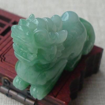 精雕满绿貔貅 翡翠吊坠 规格:39.9*30.5*14.1mm