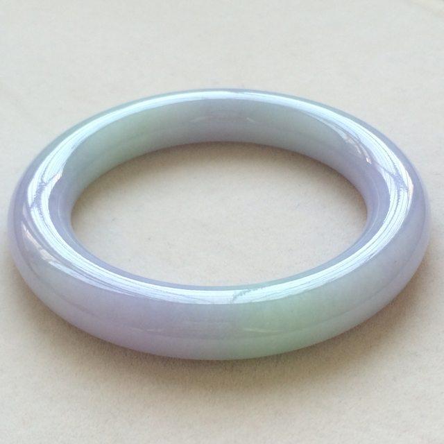 冰种椿彩翡翠手镯 缅甸天然翡翠圆条手镯  尺寸:55.3寸