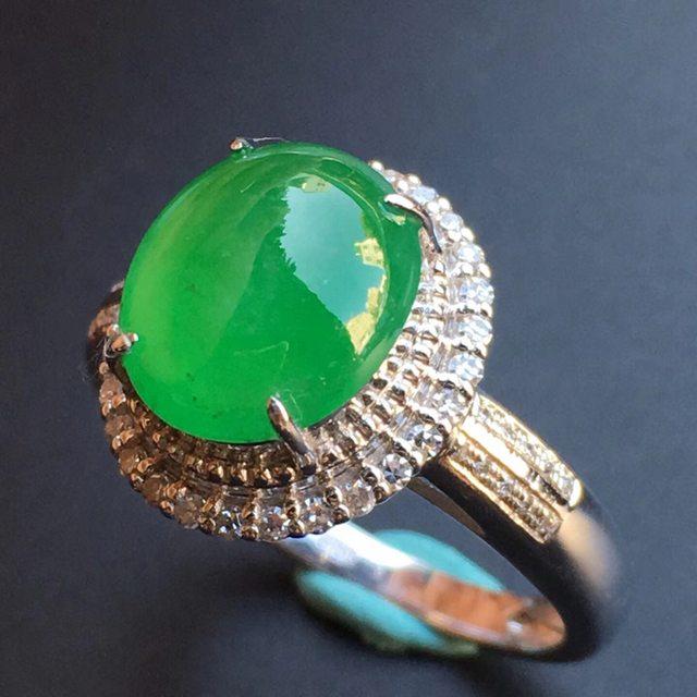 冰种阳绿 缅甸天然翡翠戒指大小10.1*8.8*5mm