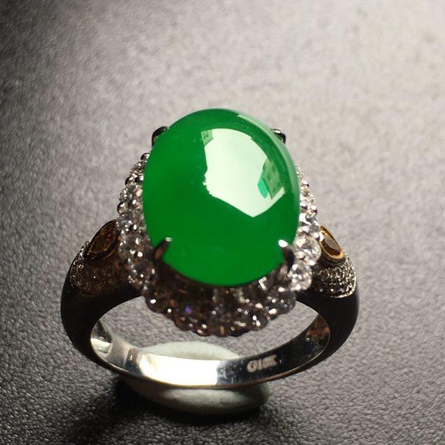 冰阳绿蛋面翡翠戒指