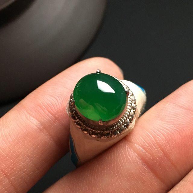 19-9.8-5寸冰种阳绿 缅甸天然翡翠戒指